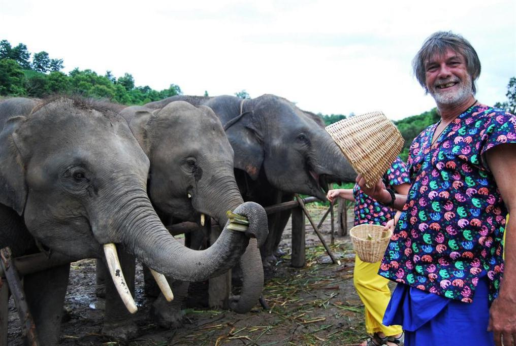 Chiangmai Elephant Home - One day Elephant Experience and Grand Canyon - Feeding your Elephant