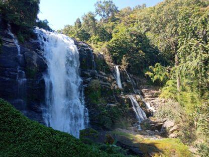 Chiangmai Elephant Home - One day Elephant Experience and Doi Inthanon - Wachirathan Waterfall