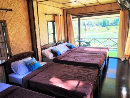 Chiang Mai Elephant home - Teak wood House - Maewang - Bedroom